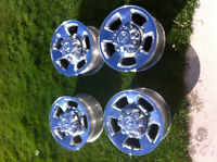 "17"" DODGE RAM 8 BOLT CHROME WHEELS"