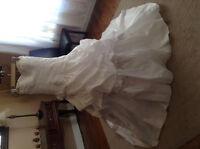 Robe de Mariée Sissi, voile et manteau.