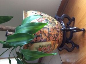 ORIENTAL PLANTER WITH STAND
