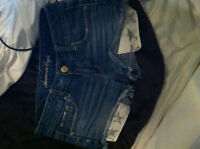 Short American Eagle Jeans