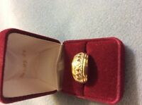 Wedding band with diamond and citrine 10k yellow gold size 10