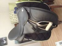 Dressage saddle package
