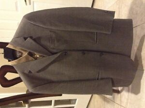 Men suits and sports jackets Windsor Region Ontario image 3
