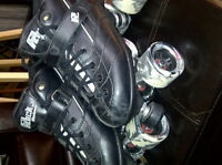 2 pairs Ladies roller skates derby and casual w/ saftey gear