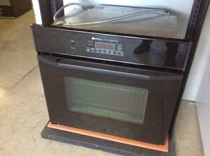 Wall oven built in