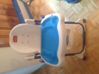 BABY CHAIR FOR EAT CHAISE HAUTE  EXCELLENT CONDITION ONLY 35$$
