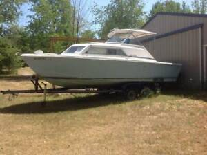 Chris Craft Catalina | ⛵ Boats & Watercrafts for Sale in