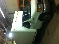 2003 Ford E-350 Other