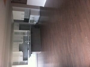 Professional hardwood/laminate install Kingston Kingston Area image 3