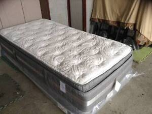 As new serta Twin size bed