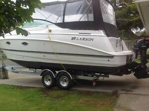 Price Drop Cabrio 29 ft 2008 Mercruiser 496 mag Bravo 3 X