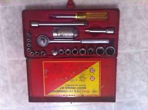 21 piece socket wrench set North Shore Greater Vancouver Area image 1