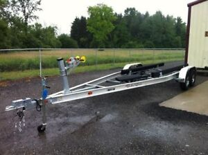 TRAILER FOR 16 FOOT BOAT