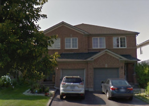 Spacious 4 Beds Semi-Detached/Finished Basement In Newmarket