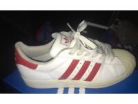 Adidas superstars size 8