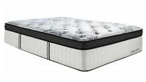 Matelas king size, Stearns and Foster