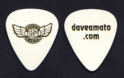 REO Speedwagon Dave Amato Signature White Guitar Pick - 2017 Tour