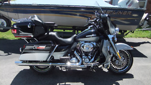2013 FL-Electra Glide LIMITED Midnight Gray