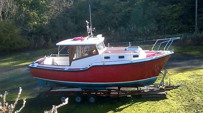Tamar 2000 Enterprise 24 FT