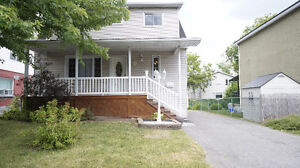 PRIME LOCATION!! A MUST SEE!! BEAUTIFUL HOME - VANIER