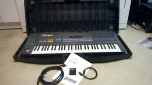 Roland JX-8P with Traveling Case