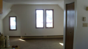 Cathedral One Bedroom for Feb 1rst
