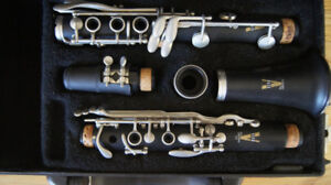 Vito Student Clarinet with case