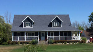 Looking to relocate to Niagara? We have the house for you!