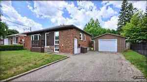 fully renovated 3 bedroom bungalow in Newmarket