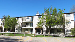 Beautiful 2 Bdr condo in River park south