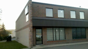 FOR LEASE RENOVATED SHOW ROOM/RETAIL, LIGHT INDUSTRIAL