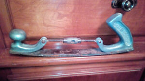 Wood shaper $15.00 pick up in morrisburg