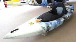 MOST POPULAR Entry Level Recreational Kayak w/Paddle