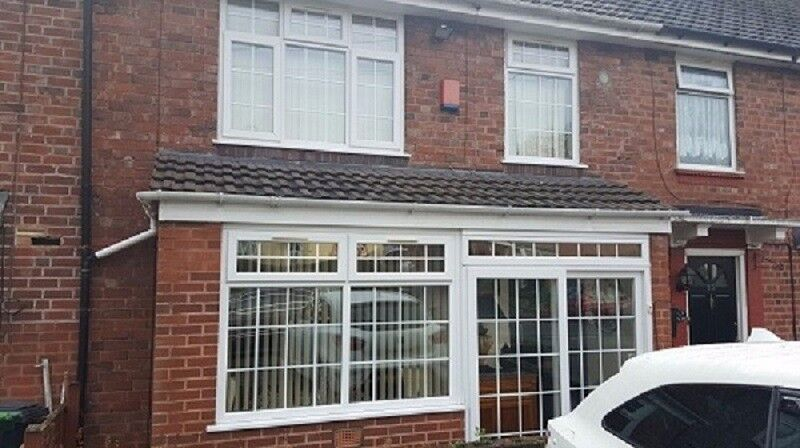 *B.C.H* 3 Bed Home - Old Chapel Road - SMETHWICK
