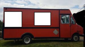 1994 Ford Ultimaster Step Van Food Truck