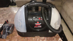 PORTABLE BISSEL CARPET CLEANER $90.00 519-502-1370
