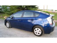 Toyota Prius 2010 FULLY LOADED! 1 year warrantee!