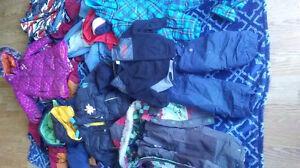 18 winter coats. 3 snow pants. Lot $30