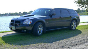 Rare Muscle Car!  2005 Dodge Magnum R/T Hemi!