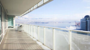 Stunning Ocean View High-end Coal Harbour Condo**LIKE NEW**