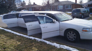 Limo for Sale :  2011 Lincoln Town Car Stretch Krystal Coach