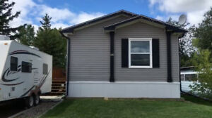 NEW PRICE - 4 YEAR OLD HOME IN FALHER MLS® L113180