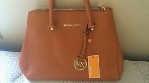 Michael Kors Purse  Kitchener / Waterloo Kitchener Area image 2