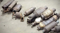 WE PAY CASH FOR SCRAP CARS & CATALYTIC CONVERTERS