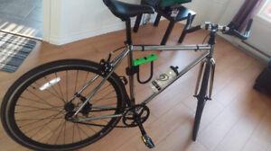 Joli vélo fixie comme neuf