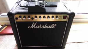 Marshall Mosfet 5100 amp 100 RMS combo avec foot pedal