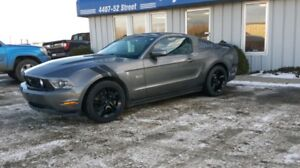 2011 Ford Mustang Gt (REDUCED PRICE)****