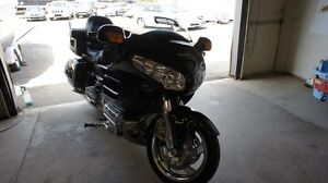 GOLDWING 1800 GL WITH NAVIGATION!!