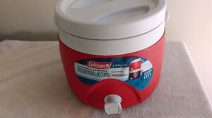 Coleman 2 Gallon Stackable Beverage Cooler with Twist Off Lid