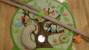 Skiphop Treetop Activity Gym